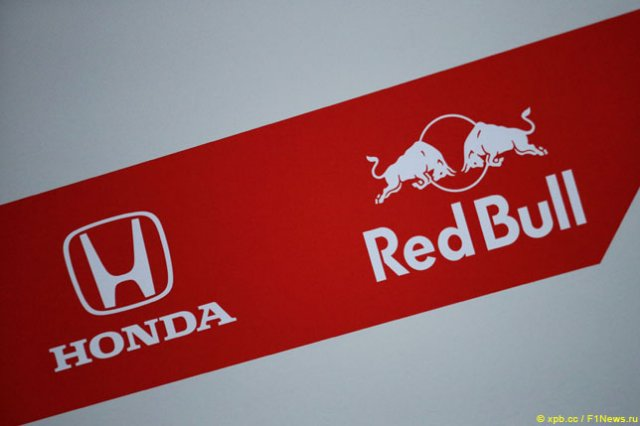 Почему в Red Bull перешли на моторы Honda?