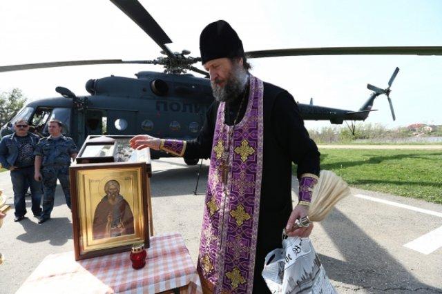 В Саранске священники на вертолете облетели объекты чемпионата мира