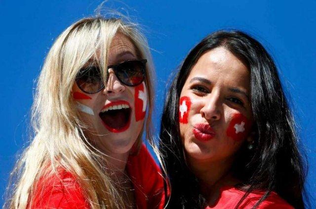 Швейцария привезла сногсшибательных фанаток на чемпионат мира