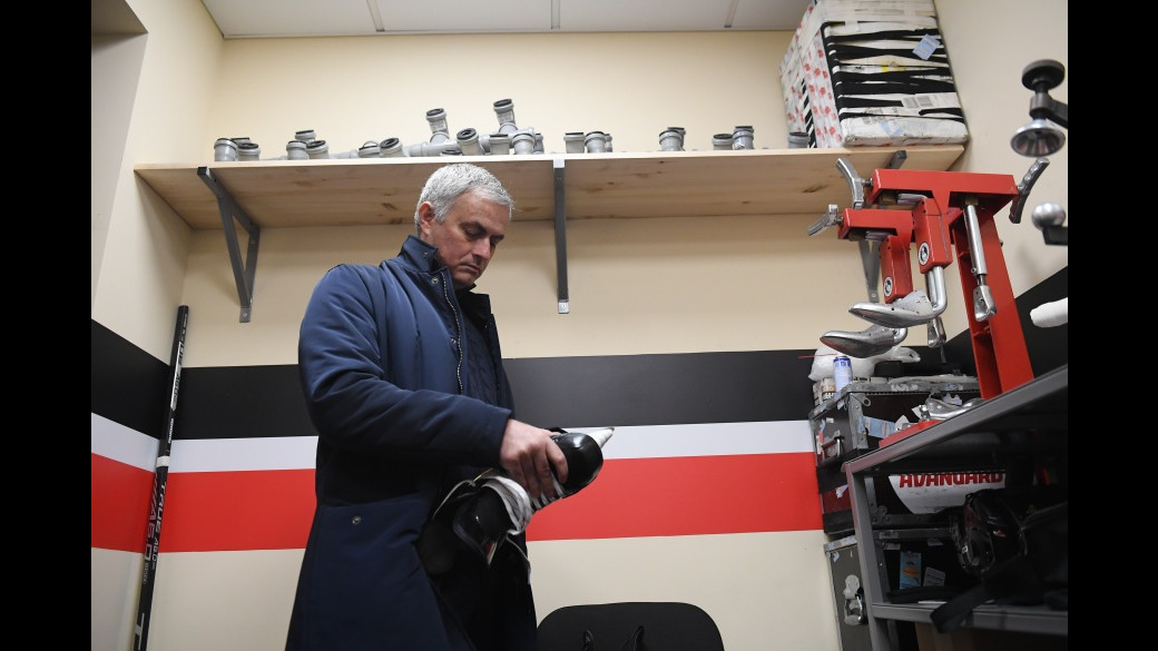 Моуринью: люблю приезжать в Россию, посмотрел на КХЛ и остался доволен